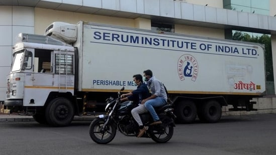 Serum Institute of India Ltd., the world's largest vaccine maker and the country's main supplier of Covid-19 shots, is racing to keep up with states' orders.(Reuters file photo)