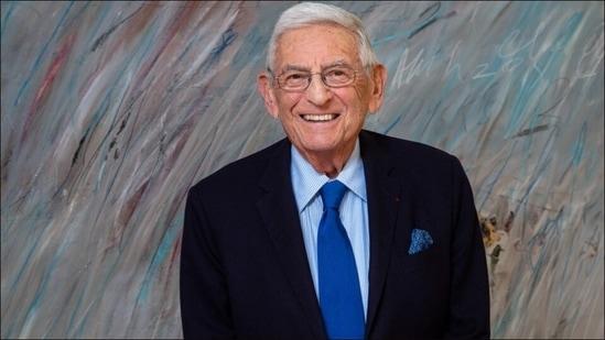 Eli Broad, billionaire art collector who reshaped LA, dies at 87(Twitter/jaylclendenin)