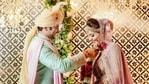 சுகந்தா மிஸ்ரா மற்றும் சங்கெட் போசாலே ஏப்ரல் 26 அன்று திருமணம் செய்து கொண்டனர்.