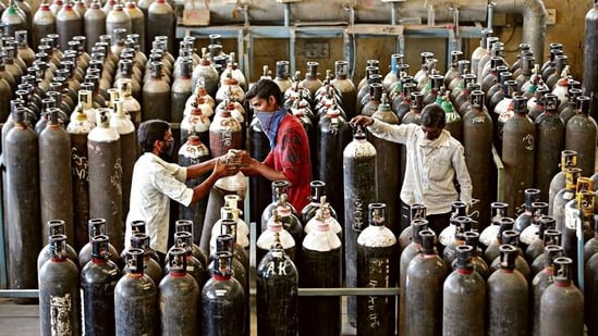 After remdesivir, other sought-after items sold in the black market for profit are oxygen cylinders, concentrators, and flowmeters.(MINT_PRINT)