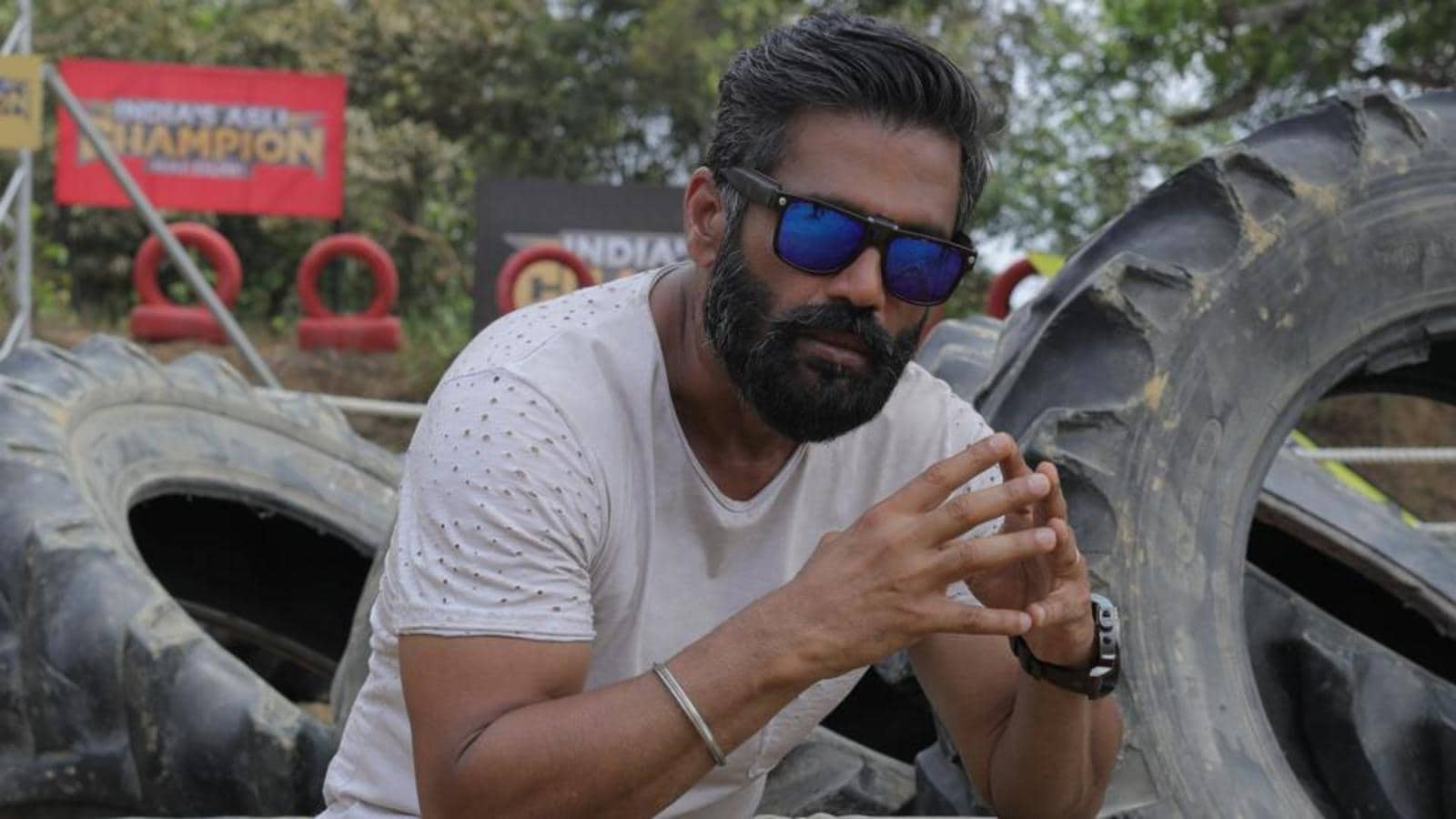 Suniel Shetty slams the system's inefficiency to deal with Covid-19 second  wave: Today, politicians have made us run for hospital beds and oxygen |  Hindustan Times