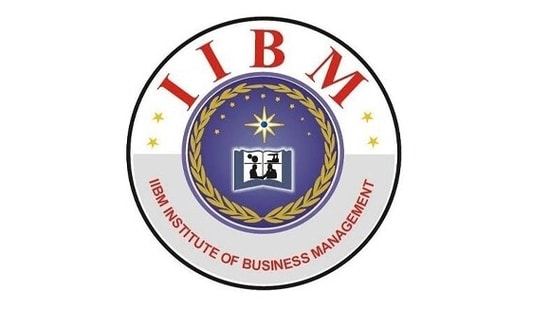 The institute offers courses for students as well as working professionals who wishes to explore their career in data science and machine learning.(IIBM Institute of Business Management)