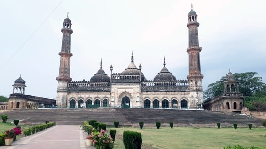 A deserted view of Mosque during the lockdown amid the rise in COVID-19 cases, in Lucknow on Friday. (ANI Photo)