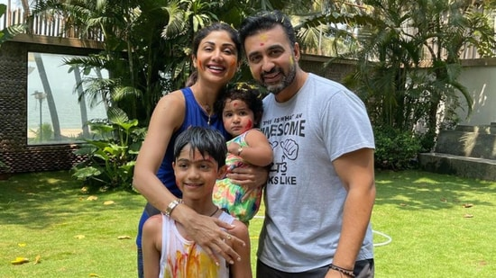 Shilpa Shetty with her family.
