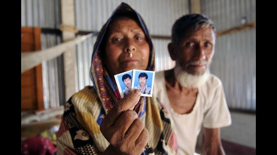 The grieving parents of Moinal Mollah of Kakdhowa in Bahari village, Assam, who is now in Goalpara Detention Camp. Moinal's parents are Indian but he has been declared a foreigner. (Subhendu Ghosh/Hindustan Times)