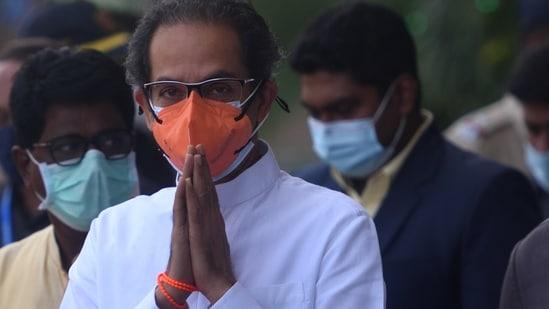 Thanks to Pandit Nehru, Shastri, Indira Gandhi, Rajiv Gandhi, P V Narasimha Rao, Manmohan Singh, the country is surviving, Sena said. (Satish Bate/HT Photo)