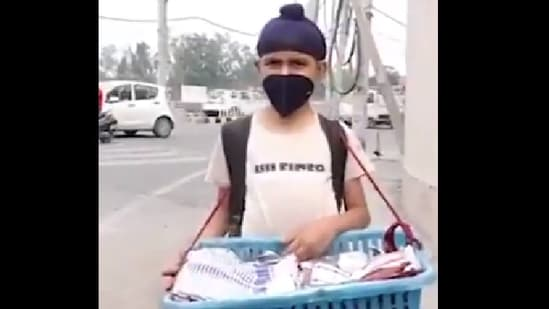 In the viral video, Vansh said he had to quit school due to the financial situation at home, and expressed his desire to rejoin.(Twitter/@capt_amarinder)