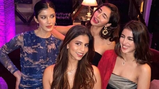 Navya Naveli Nanda with Suhana Khan, Ananya Panday and Shanaya Kapoor.