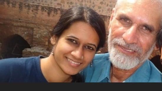 Pinjra Tod activist Natasha Narwal's father Mahavir Narwal (71), a senior member of the CPI(M), breathed his last at 6pm on Sunday.(Social media)