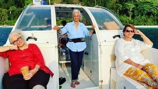Waheeda Rehman, Asha Parekh and Helen pose on a boat in the Andaman.