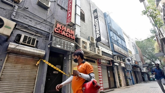 The anticipatory bail petition was filed by the businessman in connection with the seizure of oxygen concentrators from his upscale restaurants, including 'Khan Chacha' in Khan Market.(Photo by Sanjeev Verma/ Hindustan Times)(Sanjeev Verma/HT PHOTO)