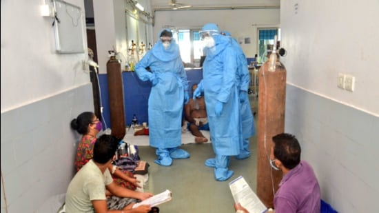 Goa chief minister Pramod Sawant visited the Goa Medical College and Hospital after 26 patients died overnight, reportedly due to disruption in oxygen supply (Twitter/@DrPramodPSawant)