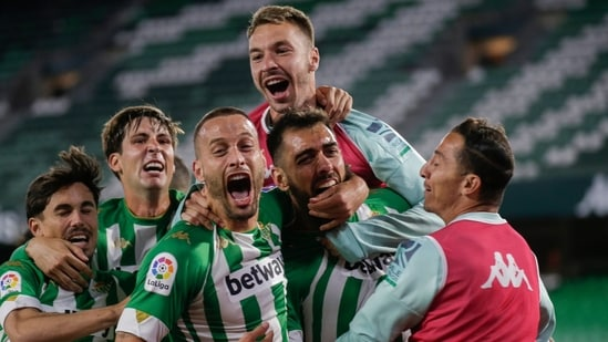 Real Betis celebrate after scoring a goal. (Twitter)