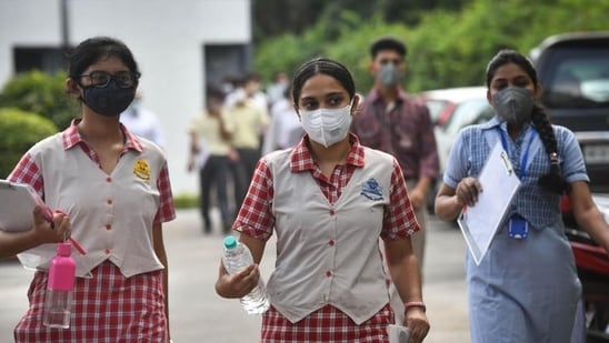 Uncertainty prevails over Class 10 board exams in Bengal after Covid surge(Sanchit Khanna/HT PHOTO)