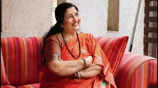 Anuradha Paudwal has a foundation, which helps people in need.