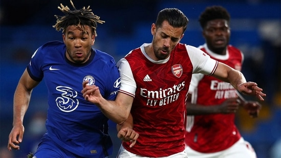 Chelsea S Champions League Push Hit By Loss To Arsenal Hindustan Times