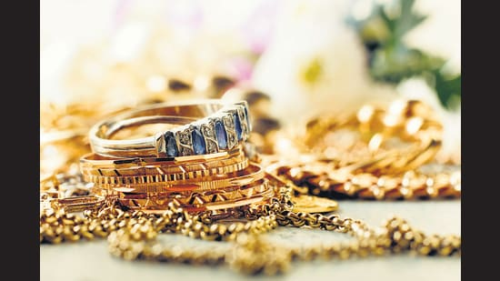 This Akshay Tritya, jewellers say that the shoppers bent is towards engagement rings, jewellery for kids and smaller gifting items.