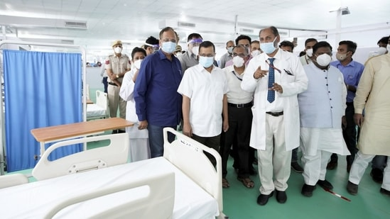 Delhi CM Arvind Kejriwal during a visit to the newly constructed 500 ICU beds COVID Care Centre at Ramlila maidan opposite LNJP hospital in New Delhi.(PTI)