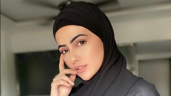Actor Sana Khan (Instagram)