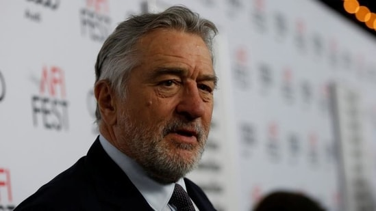 Robert De Niro injured his leg off-set in Oklahoma and had to fly back to New York.(REUTERS)