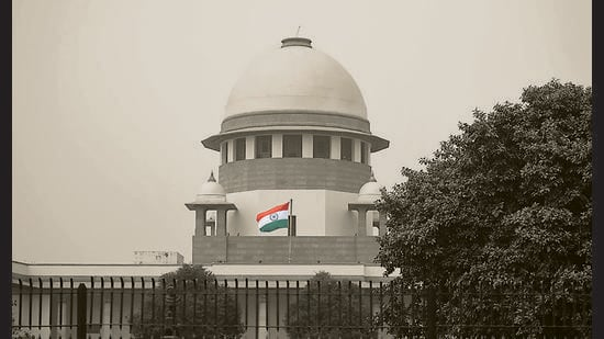 No doubt, the independence of the judiciary is important, but so is the independence of the Parliament, the Election Commission and other institutions. The popularly elected government, which is, at all times, accountable to the supreme masters — we, the people of India — equally deserves to be respected by all citizens and institutions. (Amal KS/HT PHOTO)