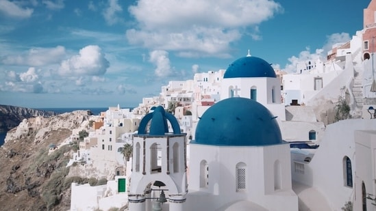 Greece formally opens to tourists(Pexels)