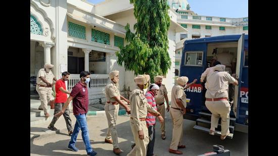 Bargari sacrilege: 6 dera men sent to 4-day police custody - Hindustan Times