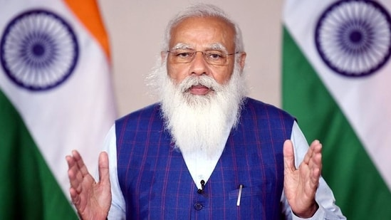 PM Modi appreciated and lauded the efforts of healthcare and frontline workers as well as the officials who have been working relentlessly without any leaves despite contracting the virus.(HT file photo)