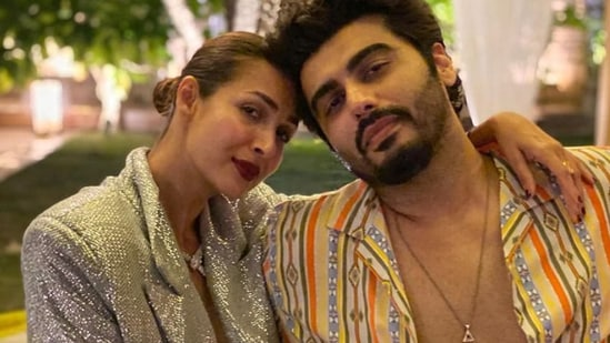 Arjun Kapoor on respecting Malaika Arora's past, dating someone 'older with son from earlier marriage' | Bollywood - Hindustan Times