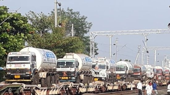 On an average, Oxygen Expresses have been delivering over 800 tonnes of LMO to various states each day now.(ANI )