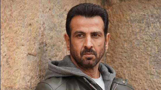 Actor Ronit Roy says he will plan to return to Mumbai from Goa once normalcy starts seeping in.