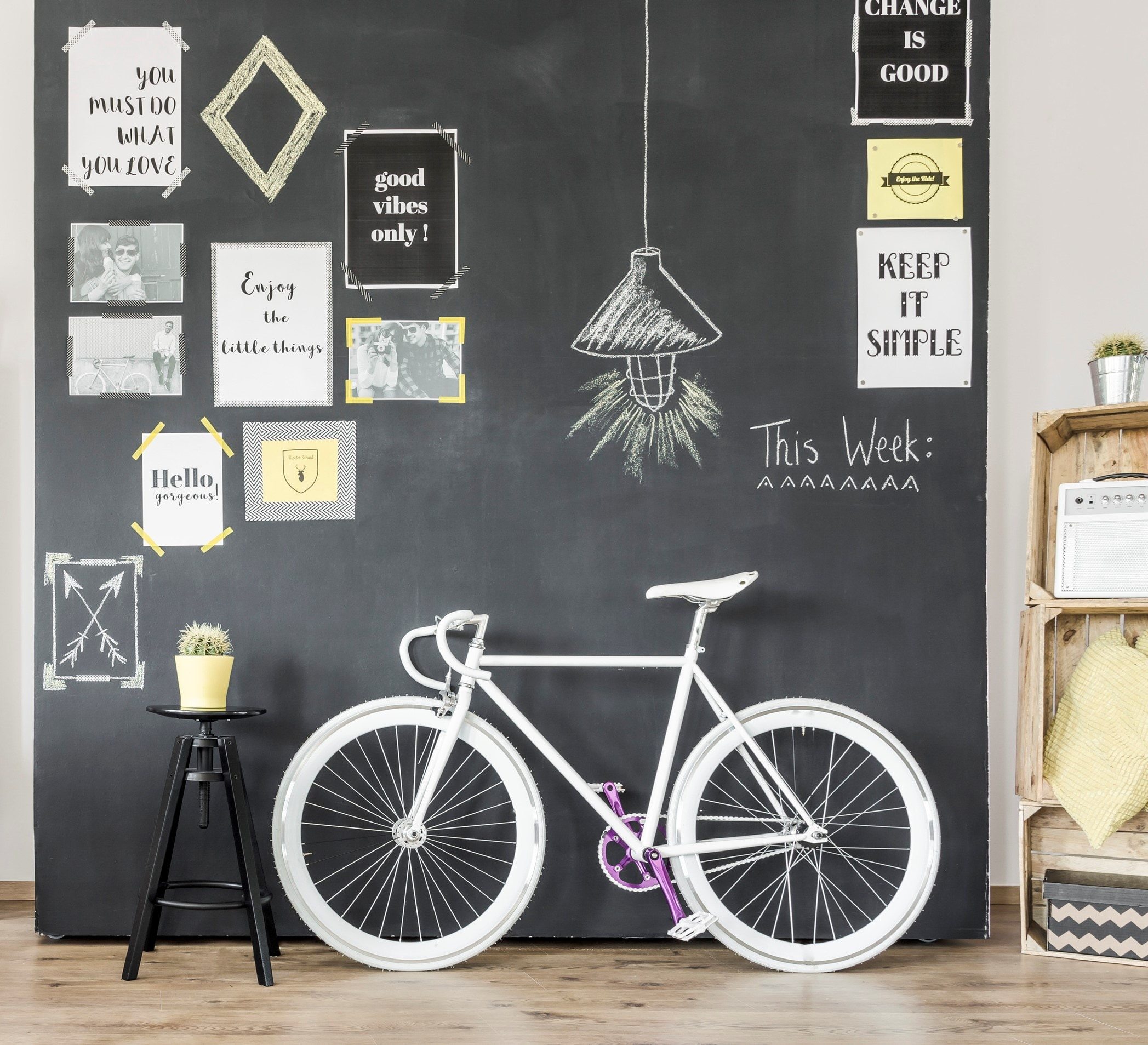 Get creative with sticky notes, motivational printouts and other stationery at home. (Getty Images/iStockphoto)