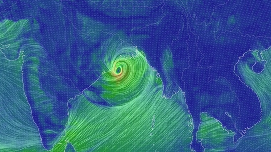 The IMD said at 9pm on Tuesday that Yaas was located about 160km east-southeast of Paradip and 250km south-southeast of Balasore.(Earth Nullschool)