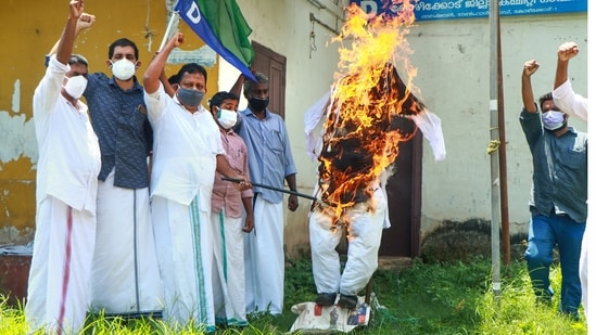 LJD activists burn an effigy of Lakshadweep Administrator Praful Patel to protest against policy changes announced by him, in Kozhikode, Tuesday, May 25, 2021. (PTI)