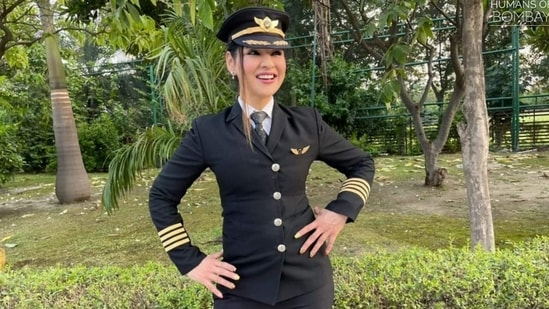 Captain Zoya Aggarwal in her Air India uniform(Facebook/@humansofbombay)