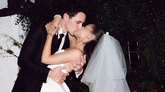 Ariana Grande married her boyfriend Dalton Gomez on May 15, 2021.