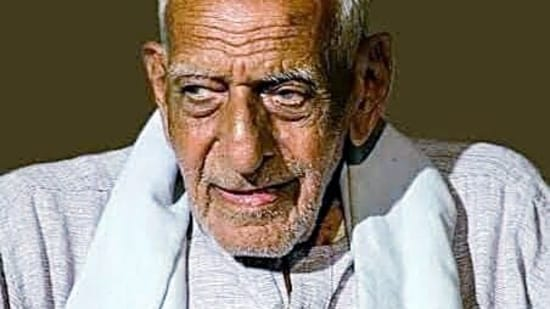 Freedom fighter and activist H S Doreswamy passed away at his residence due to massive cardiac arrest on Wednesday. (ANI Photo)