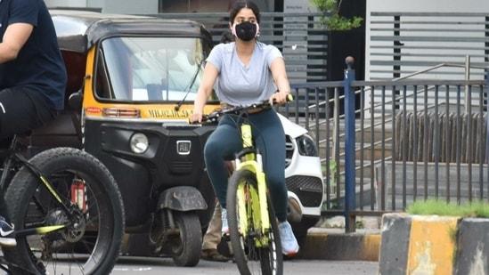 Janhvi Kapoor spotted cycling in Mumbai on Tuesday.(Varinder Chawla)