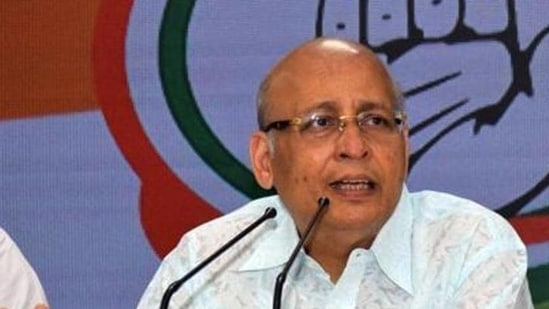 Congress leader Abhishek Singhvi claimed that the curbs intended to be placed by the new IT rules were against India's culture of discourse and of dissent.. (HT File Photo)