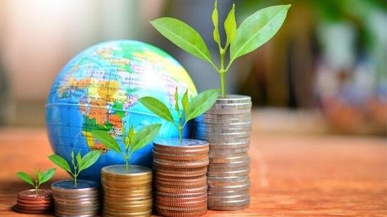 Should you join the international mutual fund bandwagon?