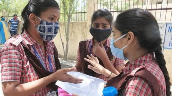 The Andhra government informed this to the High Court that was hearing a petition filed by some parents seeking cancellation of the Class 10 examinations in view of the virulent spread of coronavirus.(HT file)