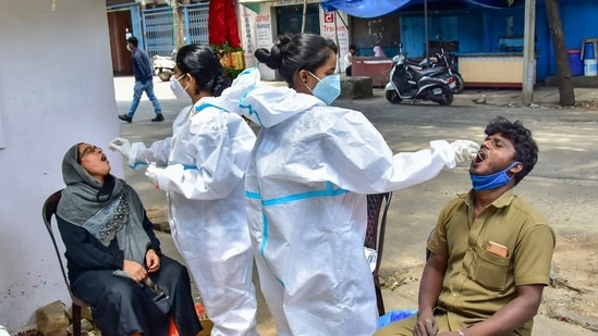 Karnataka emerged as the new hotspot of Covid-19 in the country during the second wave and currently has the highest number of active cases in the country.(PTI)