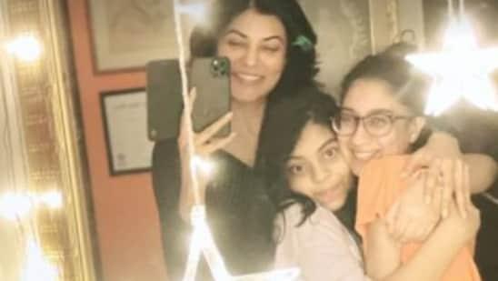 Sushmita Sen poses with her daughters Renee and Alisah.
