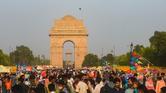 In September, Delhi went on to record the warmest month in almost two decades.(Amal KS / HT Photo)