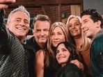 The cast of FRIENDS reunited for a special episode earlier this week.