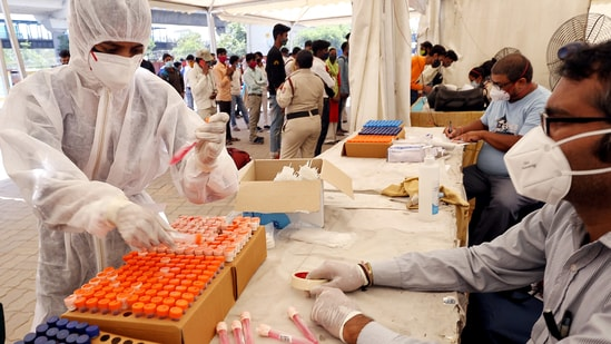 This is the first time since March 22, when 888 infections were recorded, that daily cases in Delhi have fallen below 1,000.(ANI)