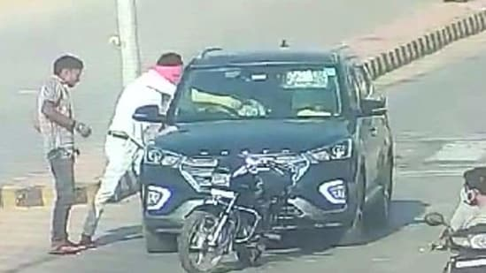 The murder of Dr Sudeep Gupta and his wife Dr Seema Gupta was captured in a traffic camera. ((Screengrab))