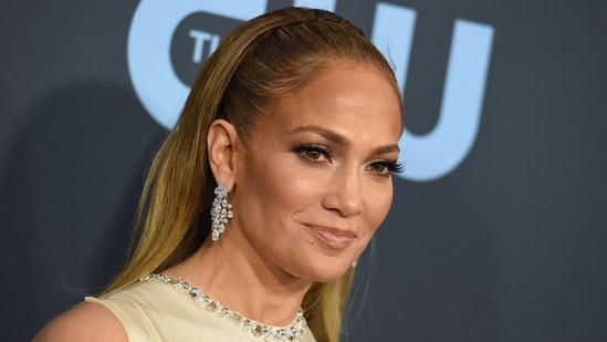 Jennifer Lopez spotted with ex-beau Marc Anthony amid Ben Affleck reunion | Hollywood - Hindustan Times