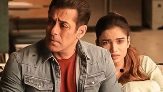 The family track in Radhe was reportedly deleted due to time constraints.