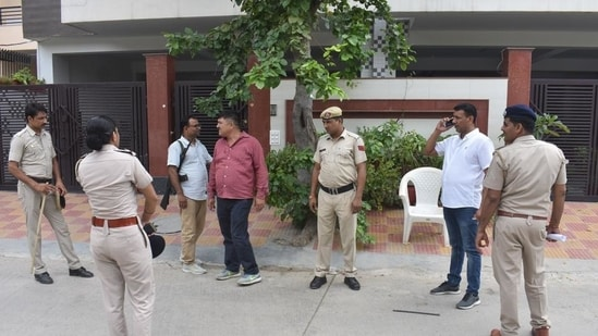 Representational: A woman lawyer on Friday attempted self-immolation in front of a police station but was stopped before she lit the matchstick.(Yogendra Kumar/HT PHOTO)